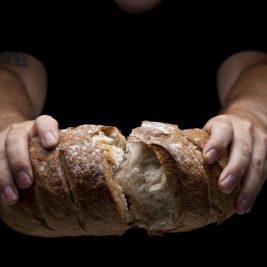 partir o pão